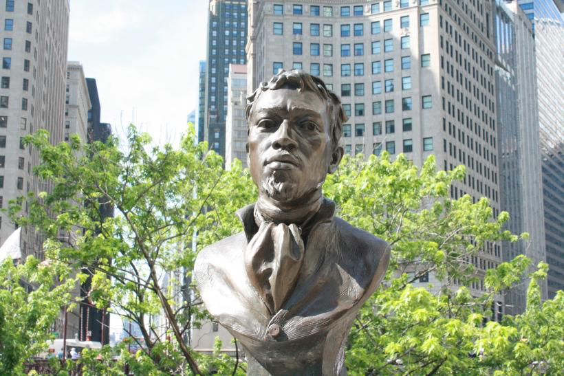 https://blackamericaworld.news/2019/05/18/commentary-world-class-black-chicago-a-historical-overview-part-1/